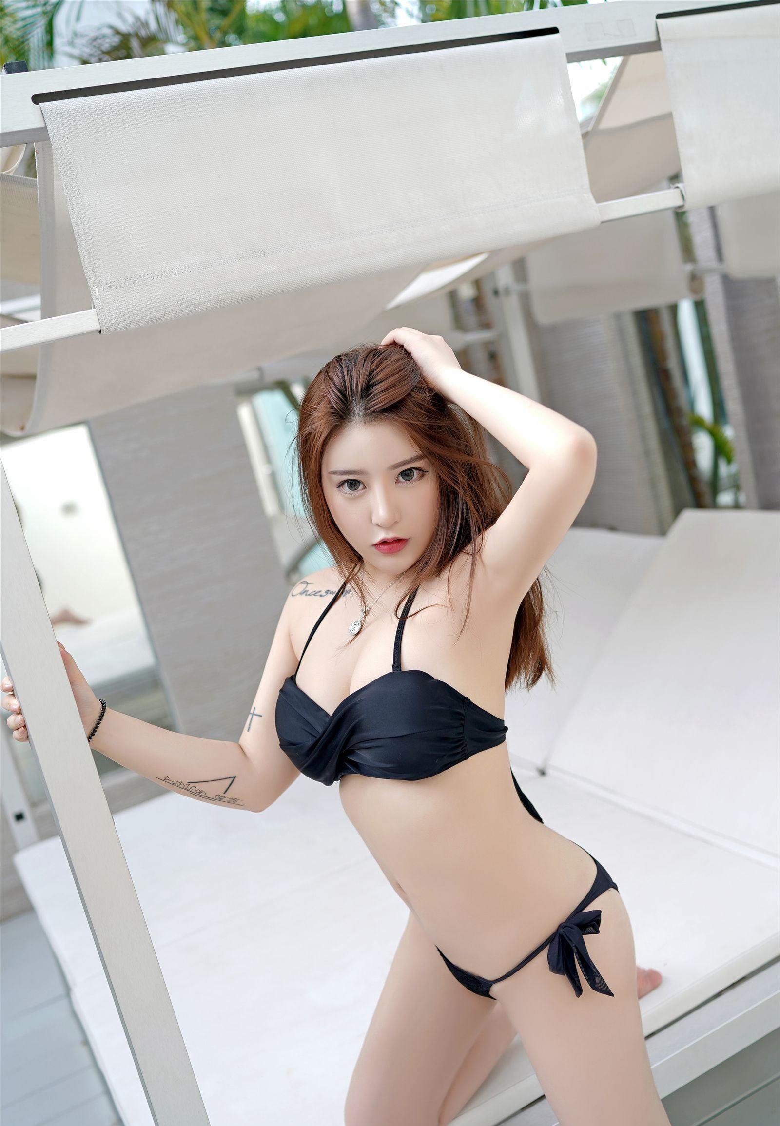 cool Chinese bikini girl